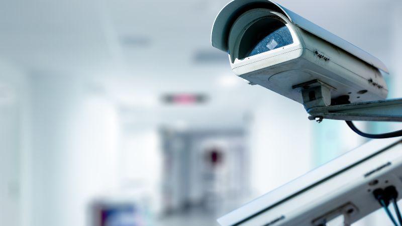 Symbolbild Cybersicherheit Kamerabeoachtung